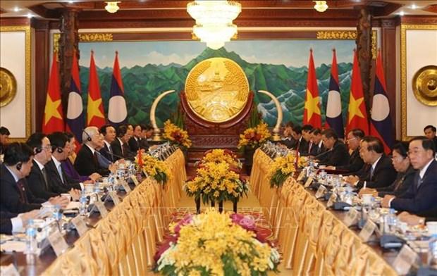 阮富仲与本扬·沃拉吉举行会谈 双方签署9项合作文件 hinh anh 2