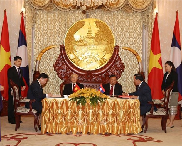 阮富仲与本扬·沃拉吉举行会谈 双方签署9项合作文件 hinh anh 3