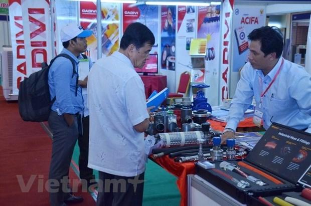 高棉时报:越柬经济合作是未来发展的动力 hinh anh 1