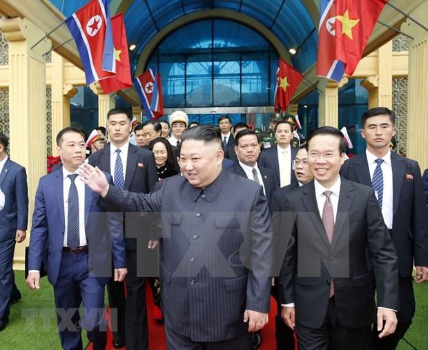美朝领导人第二次会晤:朝鲜媒体高度评价金正恩访越之行 hinh anh 1