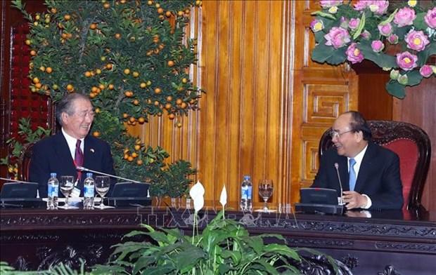 越南政府总理阮春福会见日本与湄公河经济合作委员会主席 hinh anh 1