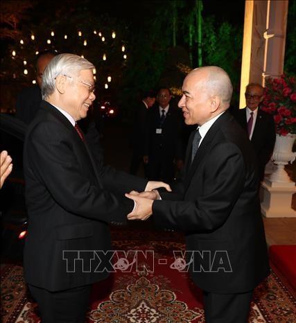 泰国媒体:阮富仲访问老柬两国加强外交关系 hinh anh 2