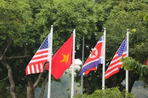 美朝领导人会晤:越南在国际舞台上的威望不断提高 hinh anh 1