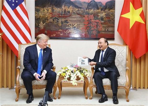 越南政府总理阮春福会见美国总统特朗普 hinh anh 1