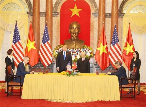 越南多家航空公司与美国世博国际、波音签署合作协议 hinh anh 1