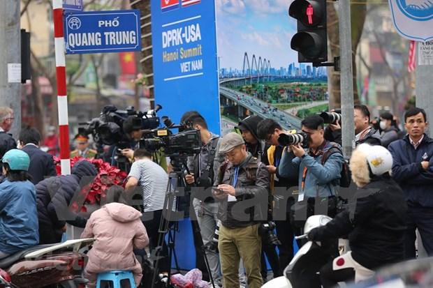 美朝领导人会晤:外国记者可免费乘坐火车和公交车 hinh anh 1