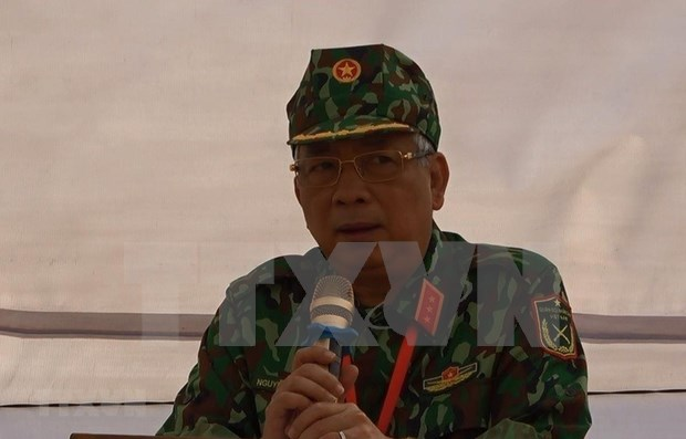 越南二级野战医院医疗队在南苏丹班提乌举行越南医师节纪念活动 hinh anh 1