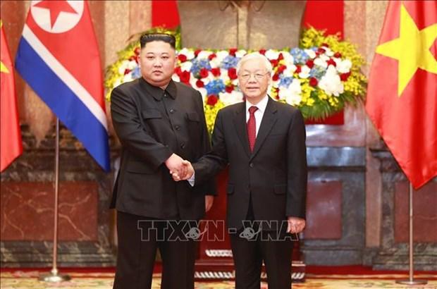 阮富仲为朝鲜最高领导人金正恩举行欢迎仪式并举行会谈 hinh anh 3
