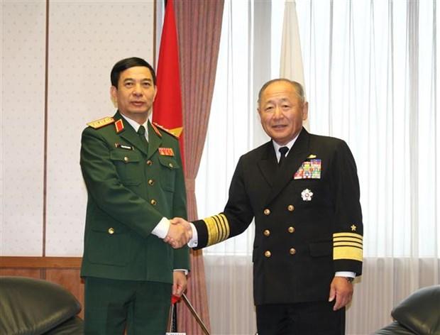 越南与日本防务合作关系日益走向深入 hinh anh 1