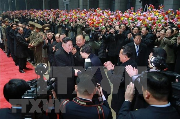 朝中社:朝鲜最高领导人金正恩结束访越行程回到平壤 hinh anh 1