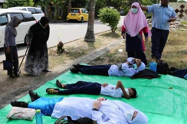 马来西亚数十名学生因化学中毒而住院治疗 hinh anh 1