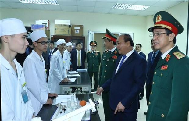 阮春福总理:军医学院应尽快达到国家重点院校标准 hinh anh 3
