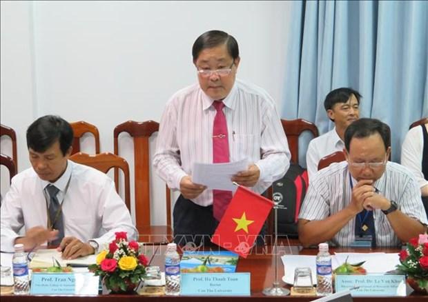 比利时议会代表团和比利时驻越大使对芹苴市进行工作访问 hinh anh 2