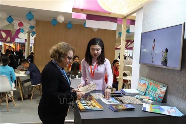 越南参加2019年德国柏林国际旅游贸易展览会 hinh anh 1