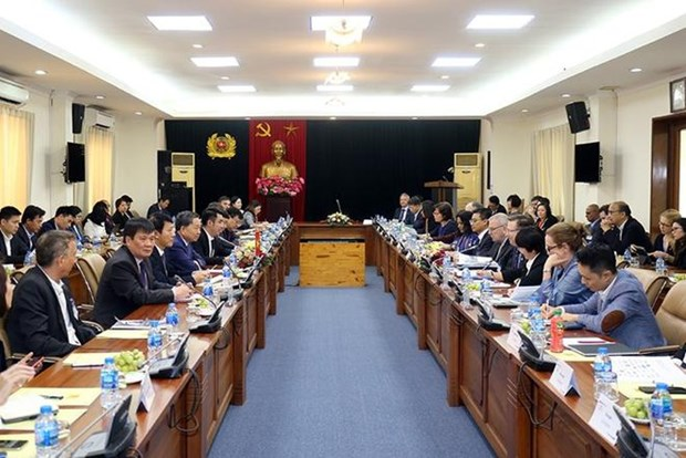 越南公安部长会见美国东盟商务理事会主席 hinh anh 1
