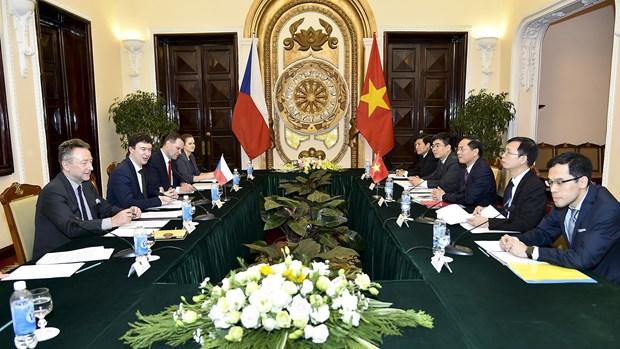 越捷两国举行副外长级政治磋商 hinh anh 1