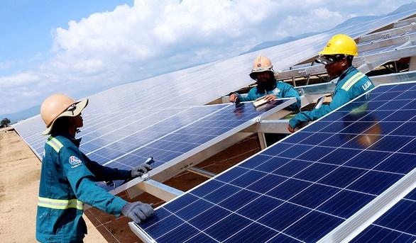 巴地头顿省将投资6467万美元建设两个太阳能发电项目 hinh anh 1