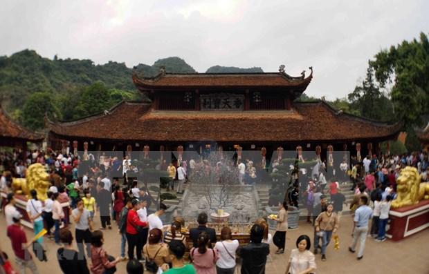 2019年香寺庙会吸引游客量超过100万人次 hinh anh 1