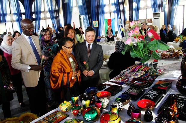 越南文化亮相阿尔及利亚 hinh anh 1