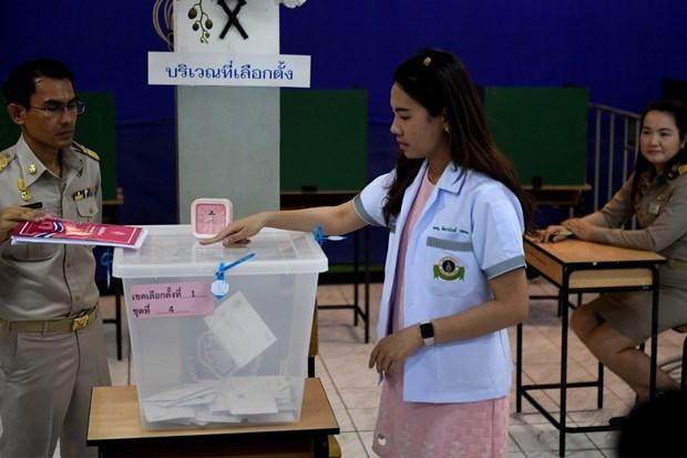 泰国为260万选民举行提前投票 hinh anh 1