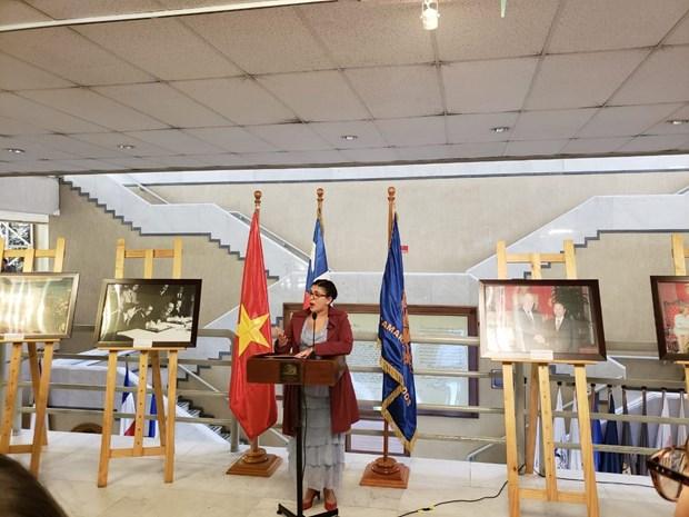 越南智利关系图片展在智利举行 hinh anh 1