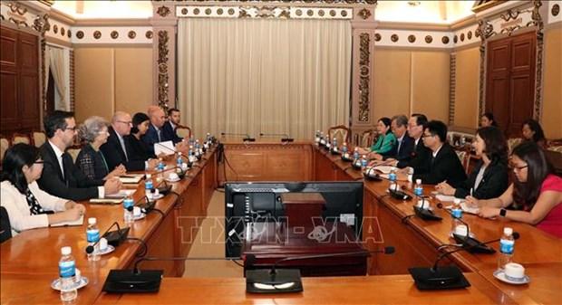 胡志明市与新西兰加强教育领域的合作 hinh anh 1