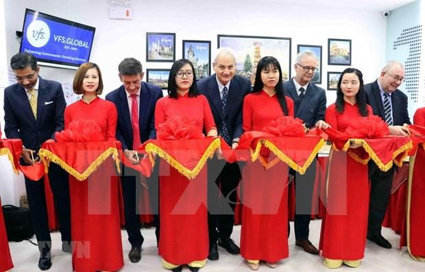 比利时、德国和意大利签证申请服务中心在越南岘港市落成 hinh anh 1