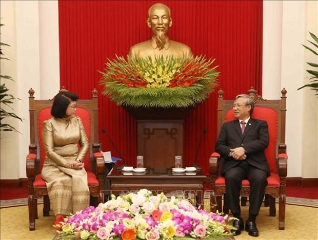 越共中央书记处常务书记陈国旺会见柬埔寨国会第二副主席宫桑达里 hinh anh 1