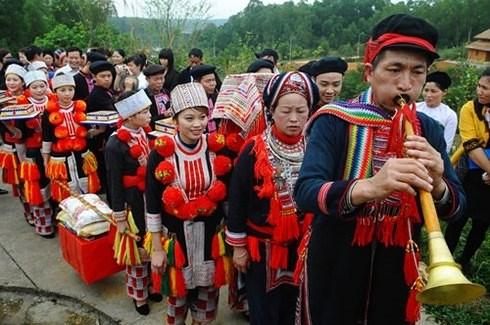 安沛省红瑶族的恭送祖先习俗 hinh anh 1