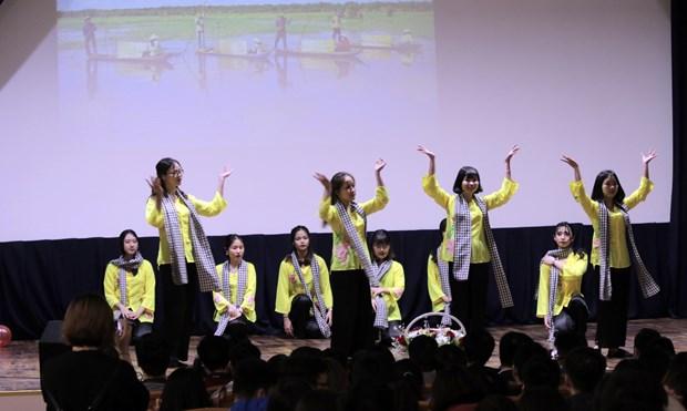 胡志明共青团成立88周年纪念活动在俄罗斯举行 hinh anh 2
