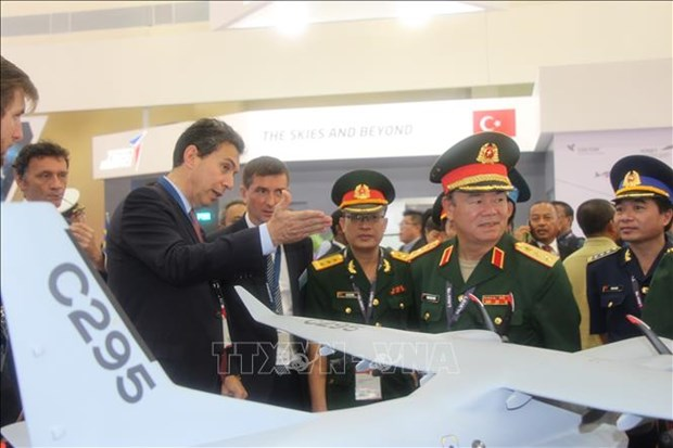 越南积极参与2019年马来西亚(兰卡威)国际海事与航空航天展 hinh anh 1