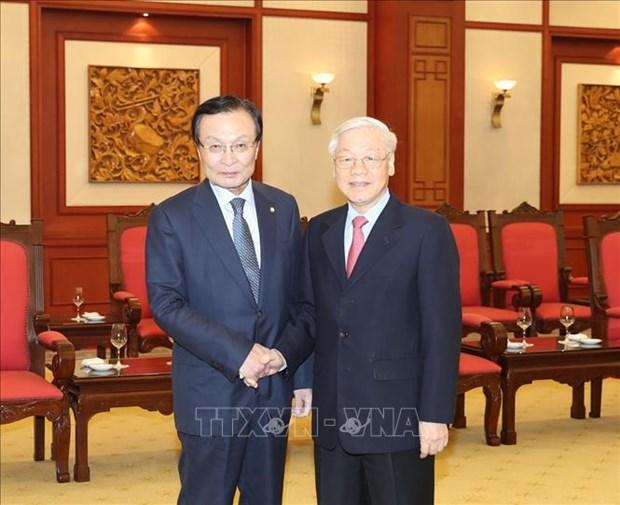 越南领导人会见韩国共同民主党代表团 hinh anh 1