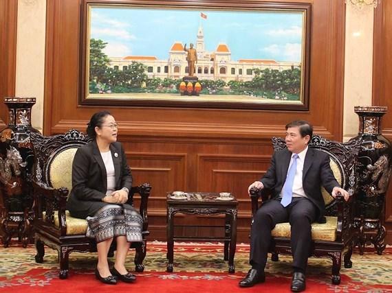 胡志明市领导会见老挝新任驻胡志明市总领事乔米赛 hinh anh 1