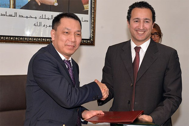 越南与摩洛哥签署多项合作文件 hinh anh 2