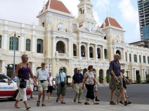 胡志明市接待国际游客增长10% hinh anh 1