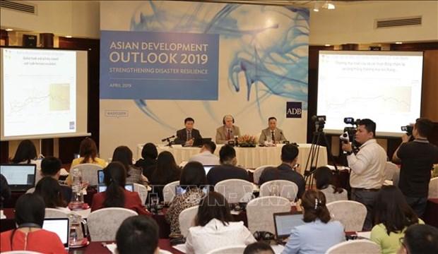 亚行公布亚洲发展展望报告 预测越南今年经济增长达6.8% hinh anh 1