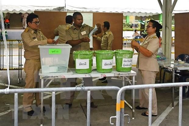 泰国选举:部分投票站进行重新投票 hinh anh 1