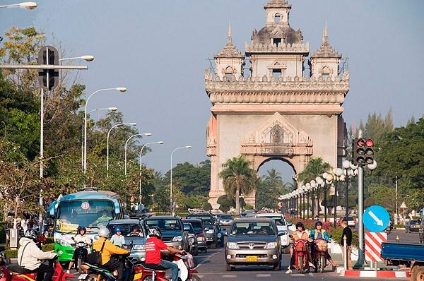 今明两年老挝经济趋于稳定 hinh anh 1