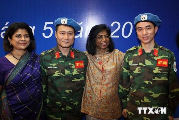 越南希望为世界和平作出更多贡献 hinh anh 1