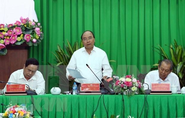 阮春福总理:破解九龙江三角洲地区交通基础设施建设的瓶颈 hinh anh 1