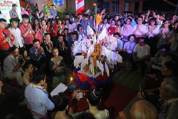 在承天顺化省留学的老挝学生欢度2019年老挝传统新年 hinh anh 1