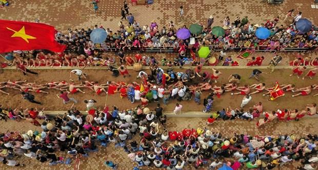越南坐地拔河荣获UNESCO颁发的非物质文化遗产证书 hinh anh 3