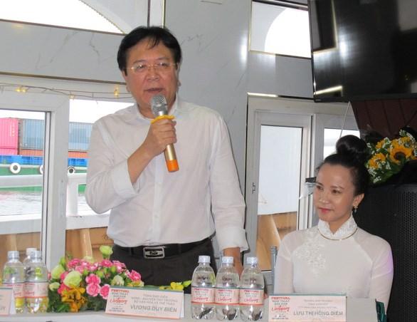 越南北中南三部民间艺术活动在胡志明市举行 hinh anh 1