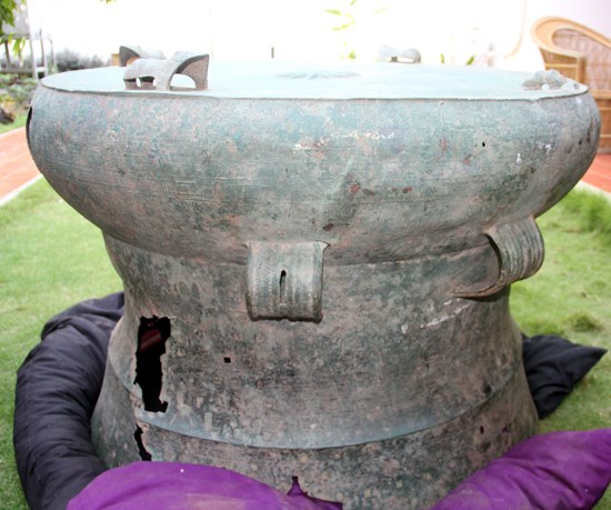 距今2000多年的越南东山铜鼓在马来西亚发现 hinh anh 1
