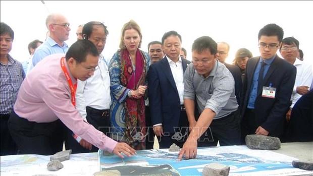 荷兰建议建造人工岛防治广南省会安海岸侵蚀 hinh anh 1