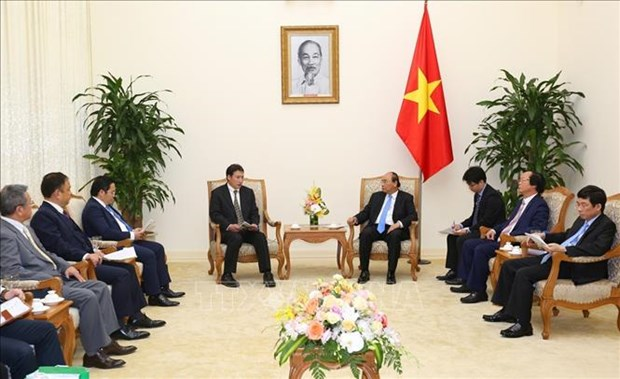 越南政府总理阮春福会见日本环保专家代表团一行 hinh anh 1