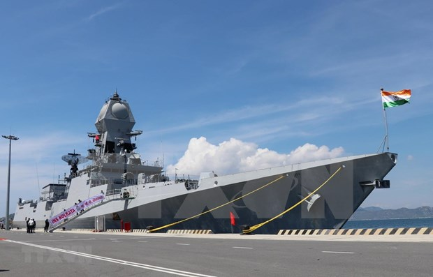 两艘印度海军军舰访问越南 hinh anh 1