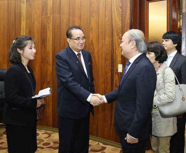 越共中央宣教部副部长武文方对朝鲜进行访问 hinh anh 2