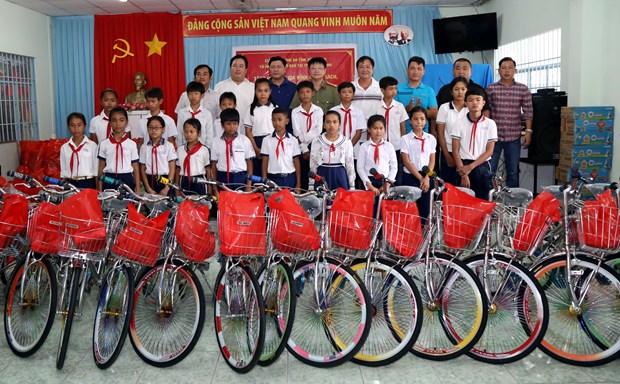 越南高棉族同胞兴高采烈迎接新年 hinh anh 1