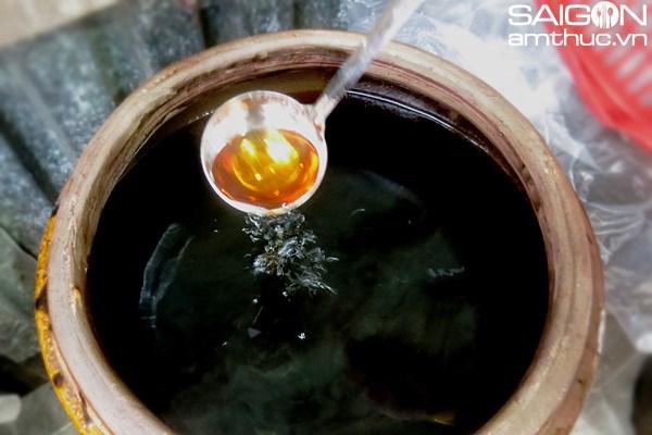 南乌鱼露——越南传统鱼露之精髓 hinh anh 3